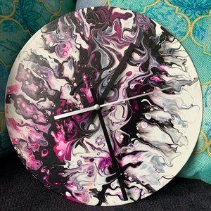 Fluid Art Upcycled Vinyl Record Clock